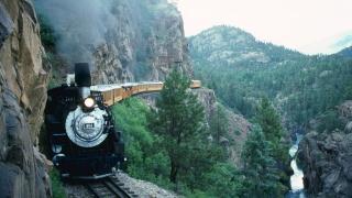 локомотив, паровоз, склад, екстрім, шлях, природа, гори, ліс, скелі, річка, люди, екскурсія
