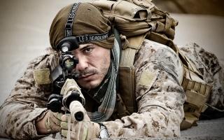 солдат, оружие, фон