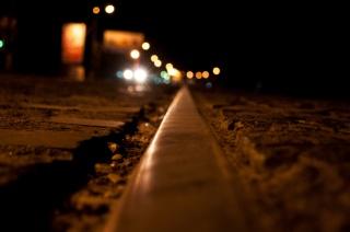 город, ночь, фары, рельсы, макро, трамвайные пути