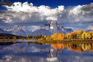 озеро, осень, лес, гора, река, облака, небо, горы, тучи