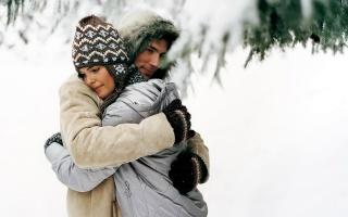 zima, sníh, PÁR, zamilovaný, objetí, něha, pěkný úsměv