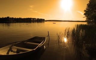 лодка, озеро, закат, спокойная вода, вечереет