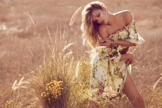 girl, model, Lily Donaldson, blonde, field, grass, ears, clothing