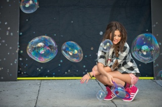Selena Gomez, singer, photo, bubbles, fashionista, posing
