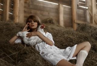Анастасія Щеглова, Настя, сіновал, курка, ніжки, тату, Тетяна Mercalova