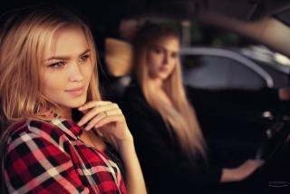ivan gorokhov, Alla Emelyanova, Alena Emelyanova, sisters, model, blonde, view, blonde, girl, Model, two, model, look
