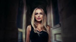 Pro photo, ivan gorokhov, blonde, the dark background