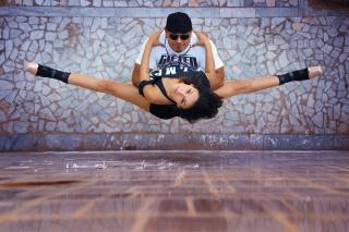 Urban Ballet, dance, the city, guy, girl, twine