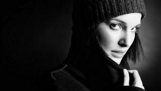Наталі Портман, актриса, чорно білий фон