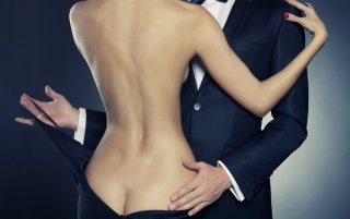 брюнетка, красуня, чорне плаття, талія, чоловік, костюм, Любов