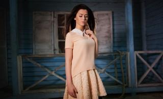 girl, brown hair, posing