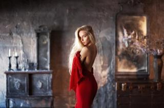 model, блондиночка, pohled, koupelna, retro, tmavé pozadí