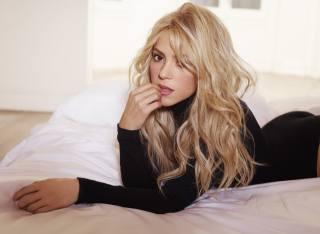 Shakira, позирует, взгляд