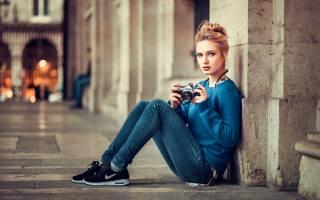 девушка, фотограф, Lods Franck, Париж, портрет, фотоаппарат, модель, красивая, взгляд