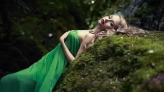 дівчина, сукню, Зелене, мох, ліс