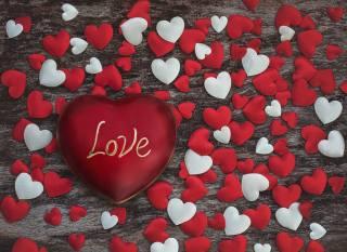 Любовь, сердца