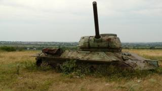 Танк, заброшенный, заброшенный танк, т-34, трава