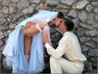 Обои Любовь, это, поцелуй, в, любое, время, дня, и