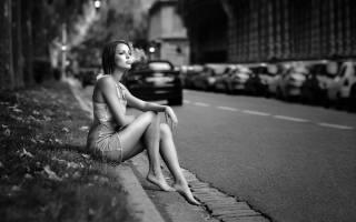 Florian Pascual, дівчина, місто, дим, шкідливо, чорно білий фон