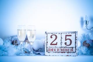 candles, holiday, Christmas, Toys, frost, glasses, New year, branches, champagne