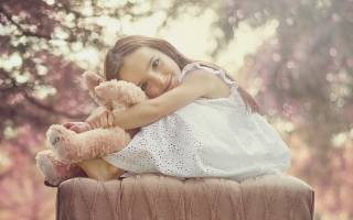 child, girl, пуф, toy, view, smile
