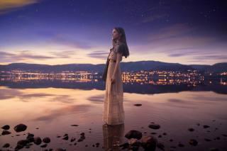 девушка, озеро, огни, город, ночь, 3d, боке