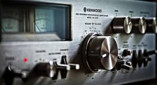 Kenwood KA-9100, Background, macro, music