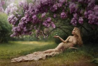 цвітіння, бузок, рука, iryna dzhul, дівчина, сукню, блондинка, метелик