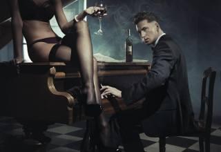 guy, the piano, cigarette