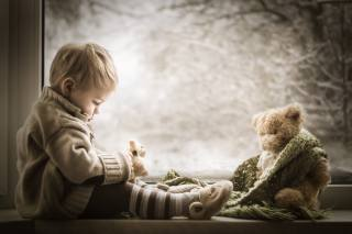 iwona podlasinska, child, baby, boy, window, sill, winter, toy, bear, scarf