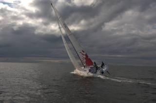 море, небо, яхта