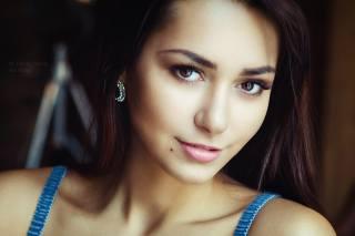 Helga Lovekaty, model, view
