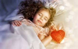 sleep, crown, Princess, heart, child, bokeh, girl