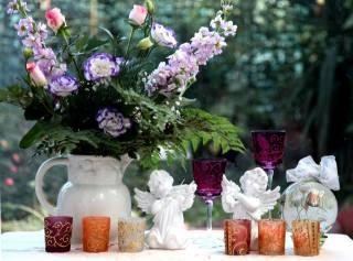 Lisianthus Рассел, Левкой, flowers, pitcher, glasses, cups, angels
