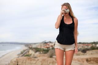 девушка, фотоаппарат, фото, позитив