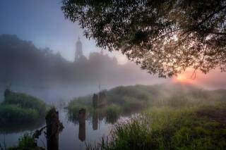 лето, трава, пейзаж, природа, туман, река, дерево, рассвет, село, утро, церковь, Андрей Чиж, Шерна