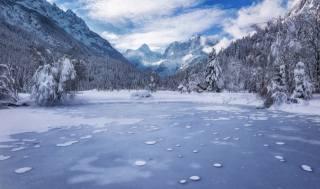 пейзаж, горы, Леса, зима, Озеро Словения, Kranjska Gora, озеро, Jasna Julian, Альпы, снег, альпы, природа
