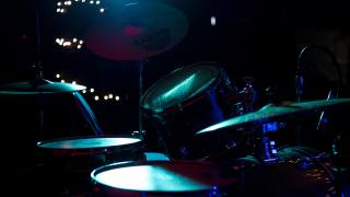 drums, music, plates