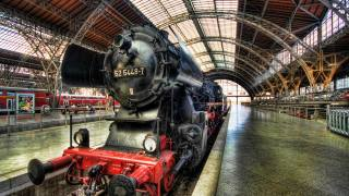 locomotive, the engine, Dresden, Germany, railway, station