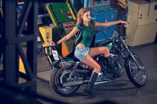 HARLEY-DAVIDSON, Sportster, Seventy-Two, girl, motorcycle