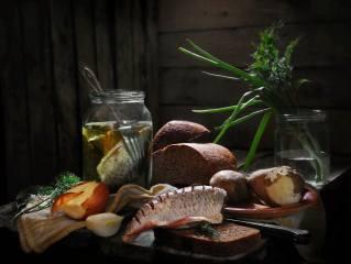 greens, Board, fish, bow, dill, plate, bread, banks, fork, potatoes, плотва, Сергей Фунтовой