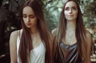 girls, PAIR, posing