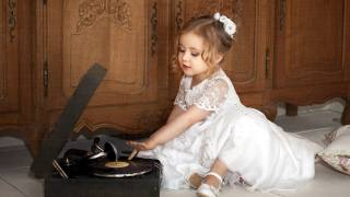 child, girl, baby, dress, cabinets, player, plate