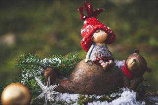holiday, New year, Christmas, branches, spruce, tree, needles, figures, Toys, ball, star
