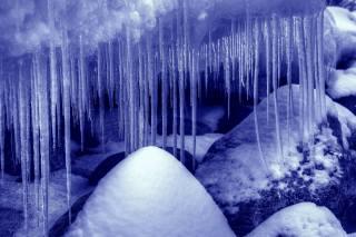 каміння, сніг, бурульки, природа