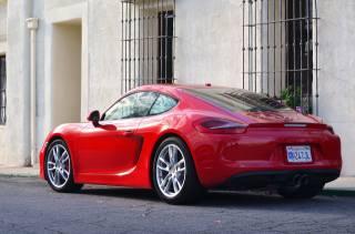 Красный, Porsche, каймановы