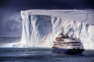 айсберг, корабель