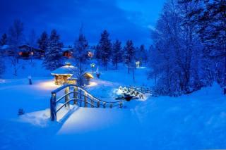 природа, пейзаж, зима, снег, деревья, мостик, деревня, дома, сугробы, Финляндия, Finland, Лапландия, Лапландия