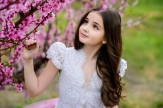 дівчинка, весна