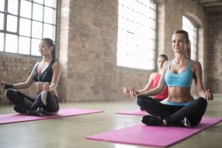 фитнес, поза лотоса, йога